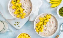 Overnight-Porridge mit Mango