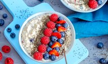 Beeren-Porridge-Bowl